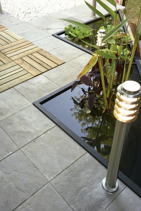 Une terrasse aux allures contemporaines