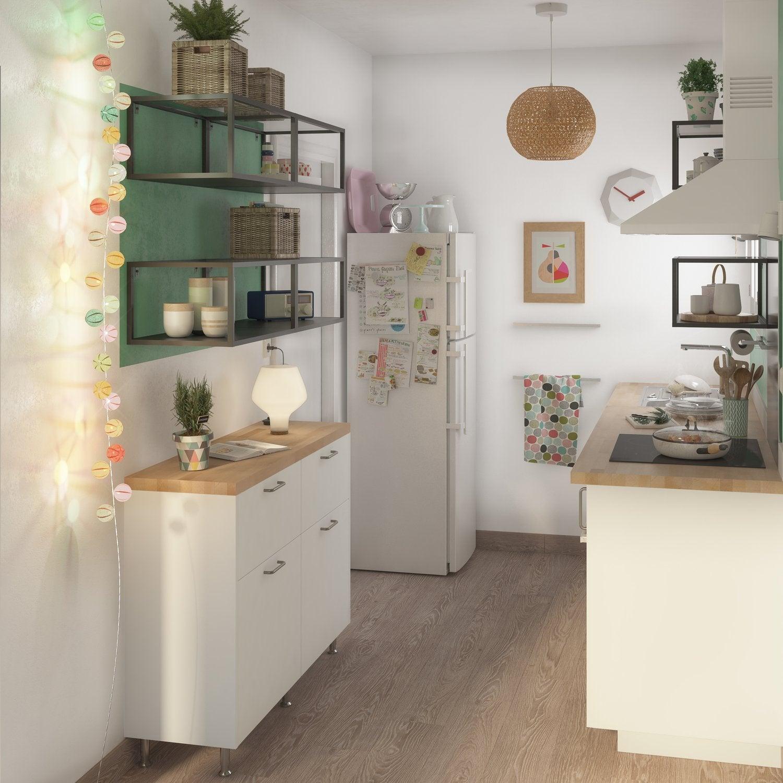 Petite cuisine blanche et gain de place leroy merlin - Petite cuisine blanche ...