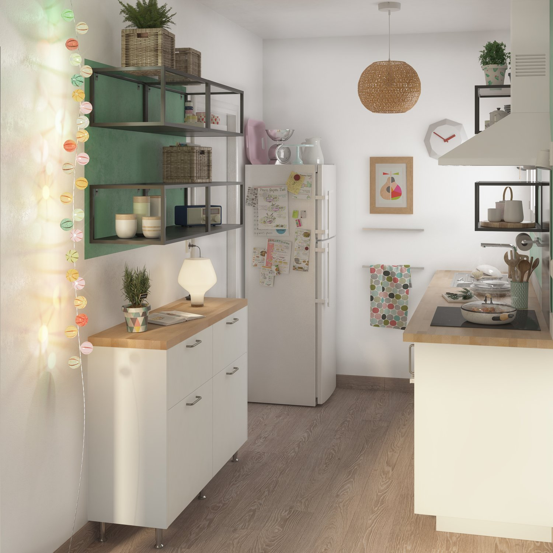 petite cuisine blanche avec des meubles de faible profondeur leroy merlin. Black Bedroom Furniture Sets. Home Design Ideas