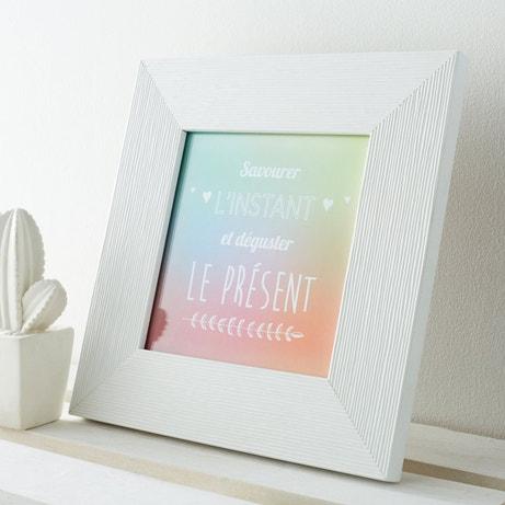 Un cadre photo blanc à poser pour décorer son intérieur