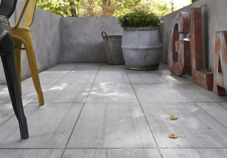 Des carreaux effet b ton pour donner un style industriel votre terrasse l - Carreaux pour terrasse ...