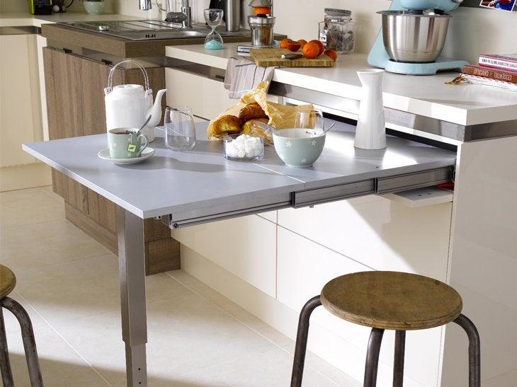 cuisine quip e 8 27 m2 2 chambres avec placards 10 60 et 12 76 m2 bois bassdona. Black Bedroom Furniture Sets. Home Design Ideas