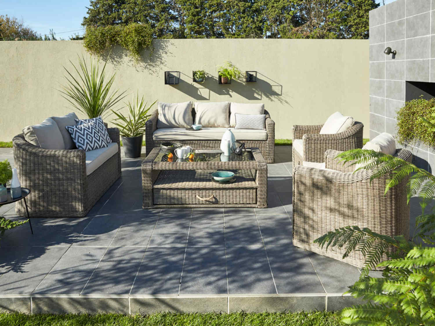 amenager sa terrasse de jardin fashion designs. Black Bedroom Furniture Sets. Home Design Ideas