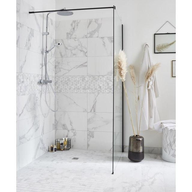 De l\'effet marbre pour une salle de bains chic | Leroy Merlin