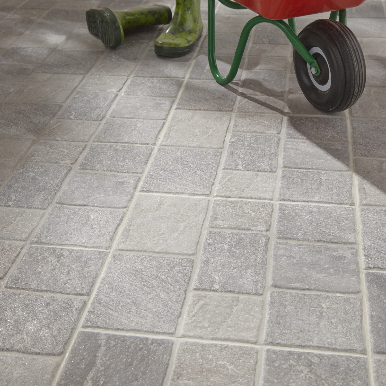 Carrelage sol gris effet pierre pav x cm for Plinthe carrelage leroy merlin