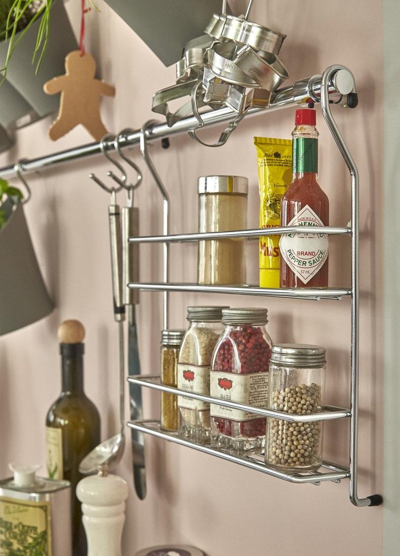 des accessoires de rangement de cuisine pour la cr dence leroy merlin. Black Bedroom Furniture Sets. Home Design Ideas