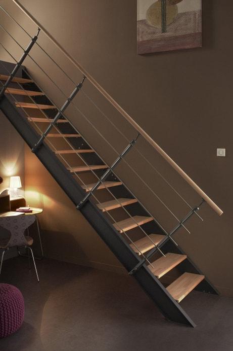 Escaliers styles et tendances leroy merlin - Escalier suspendu leroy merlin ...