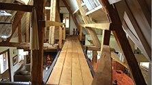 Passerelle intérieure bois et acier