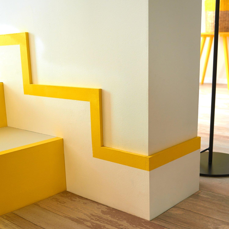 la peinture fait office de signalisation leroy merlin. Black Bedroom Furniture Sets. Home Design Ideas