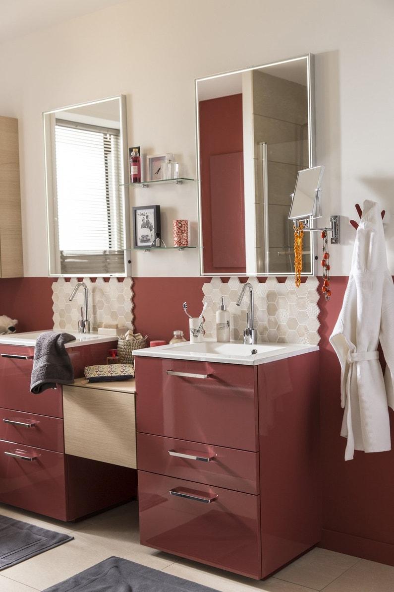 Du rouge brillant pour vos meubles de salle de bains - Leroy merlin meuble salle de bain neo ...