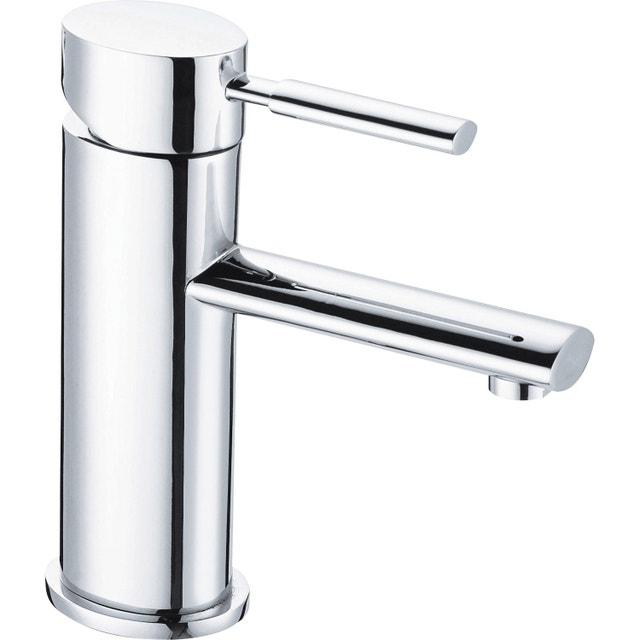 Salle de bains contemporaine grise leroy merlin for Carrelage adhesif salle de bain avec lot ampoule led gu10