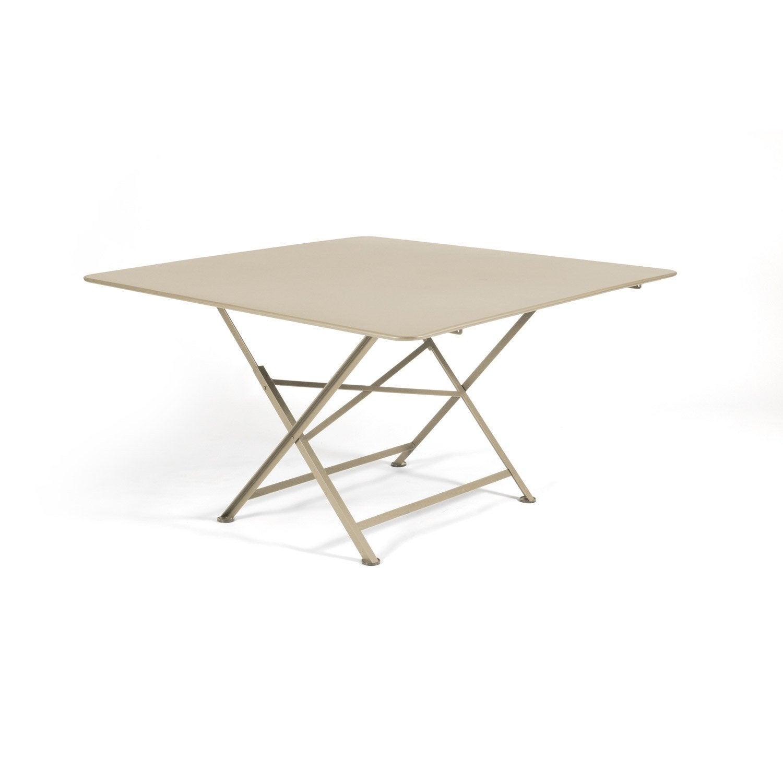 finest table de jardin fermob cargo carre muscade personnes with promo fermob. Black Bedroom Furniture Sets. Home Design Ideas