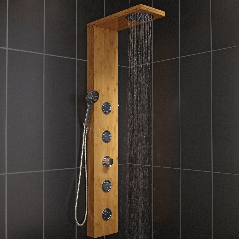 colonne de douche en bois