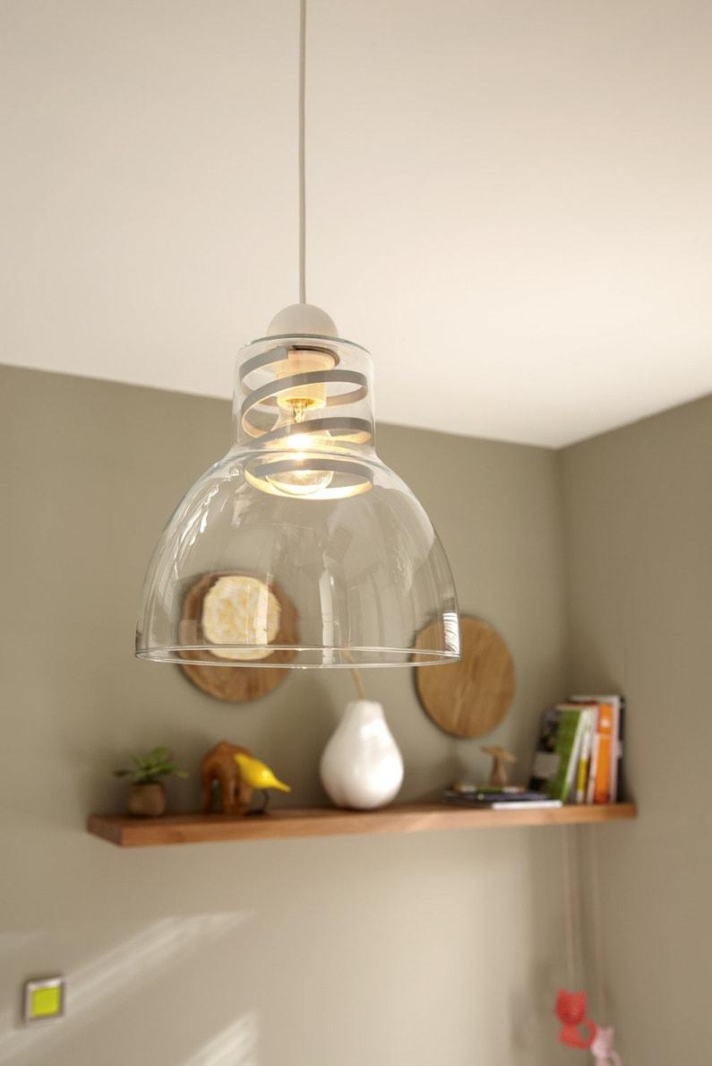 une suspension design et transparente leroy merlin. Black Bedroom Furniture Sets. Home Design Ideas