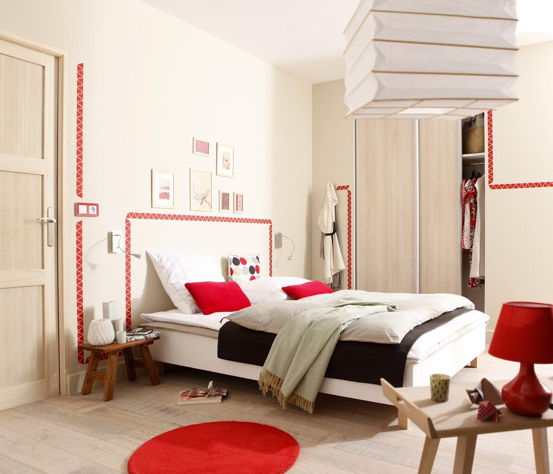 Le rouge réveille la chambre ! | Leroy Merlin