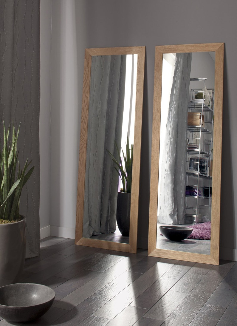 deux miroirs en ch ne pour un effet naturel leroy merlin. Black Bedroom Furniture Sets. Home Design Ideas