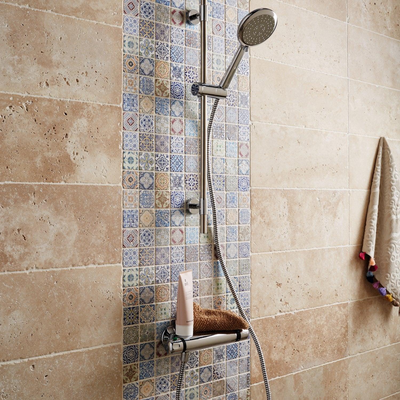 Donner de la modernité à votre douche, avec une niche en carrelage