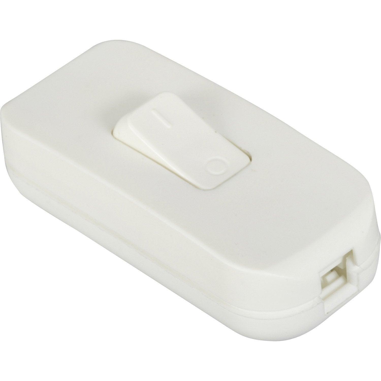 interrupteur blanc legrand 2 a 500 w maxi leroy merlin. Black Bedroom Furniture Sets. Home Design Ideas