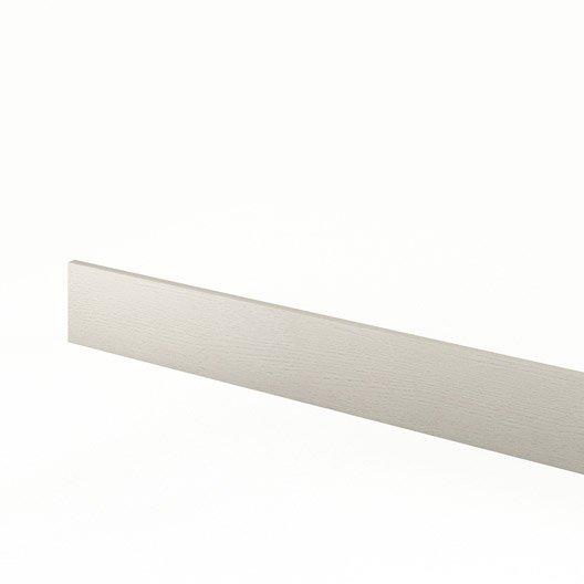Plinthe de cuisine gris mystral l 270 x h 14 9 cm leroy for Plinthe cuisine 17 cm