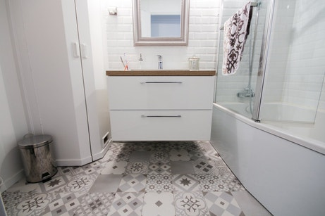 vos plus belles r alisations en carreaux de ciment leroy merlin. Black Bedroom Furniture Sets. Home Design Ideas