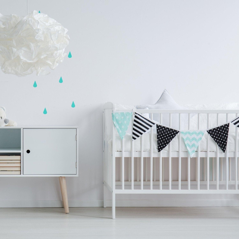 d corer les murs d 39 une chambre d 39 enfant avec le pochoir frise savane leroy merlin. Black Bedroom Furniture Sets. Home Design Ideas