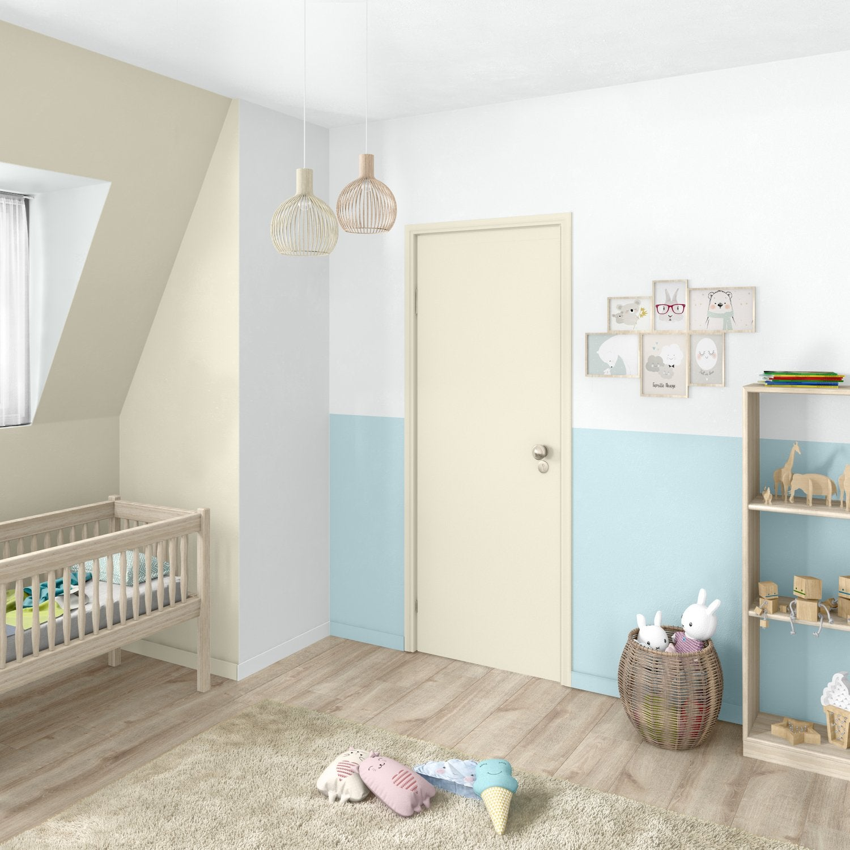 les murs de la chambre de b b en blanc et noir pour un effet graphique leroy merlin. Black Bedroom Furniture Sets. Home Design Ideas