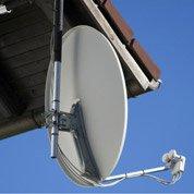 Pose d'une antenne parabolique motorisée par Leroy Merlin