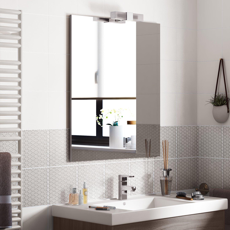 Des motifs art deco pour le carrelage de salle de bains ...