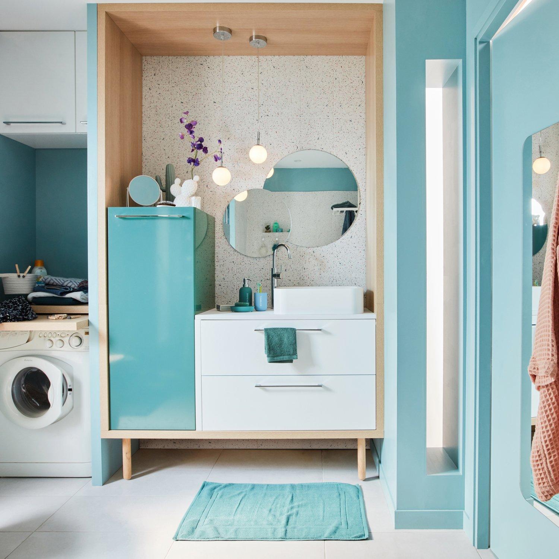 Du bleu dans le petit coin salle de bains leroy merlin - Stratifie salle de bain leroy merlin ...