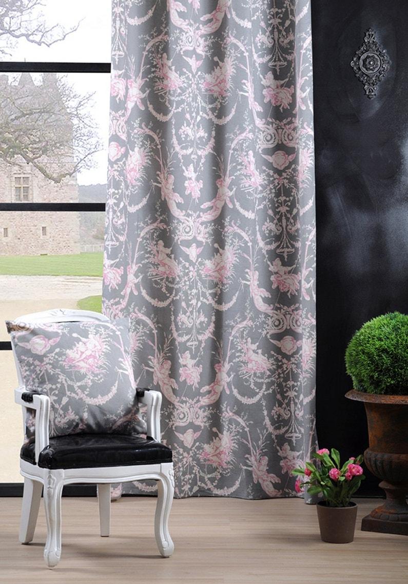 un style romantique avec des rideaux motifs leroy merlin. Black Bedroom Furniture Sets. Home Design Ideas