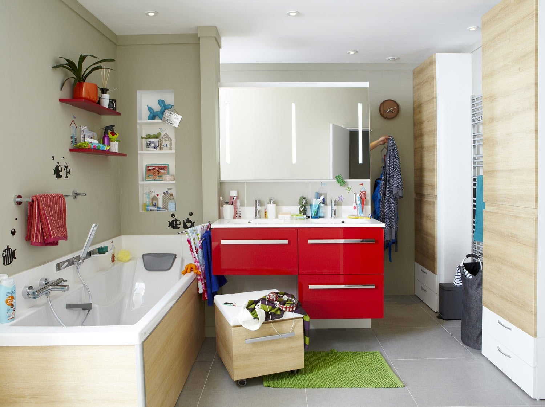 Une salle de bain tout confort leroy merlin - Concevoir sa salle de bain ...