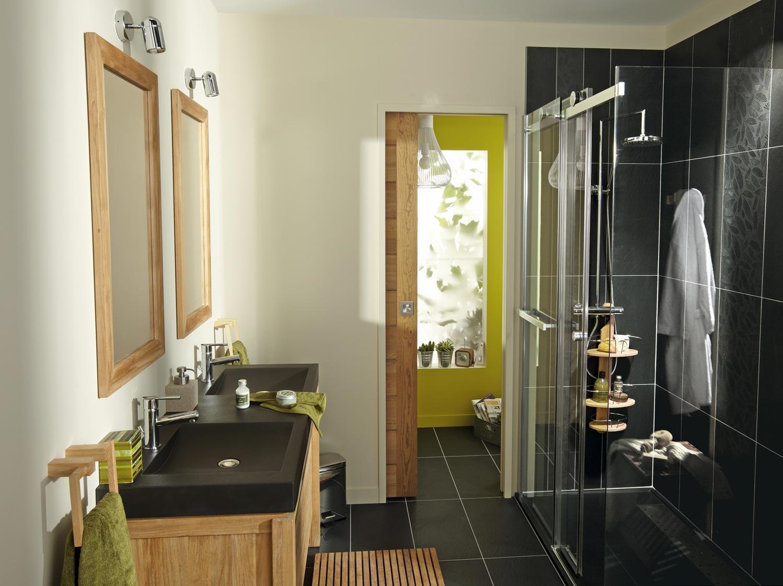 Chambre taupe et blanc for Accessoire salle de bain leroy merlin