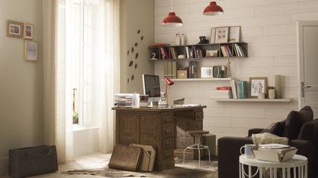 Salon en lambris bois et blanc