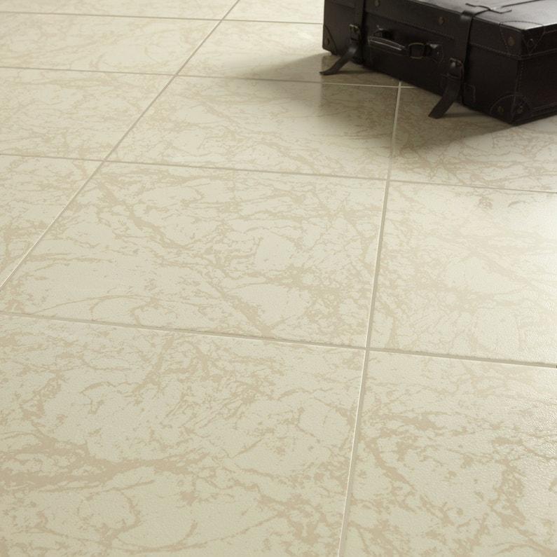 Le carrelage en marbre classique chic for Carrelage en marbre prix
