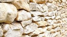 Parement pierre et béton