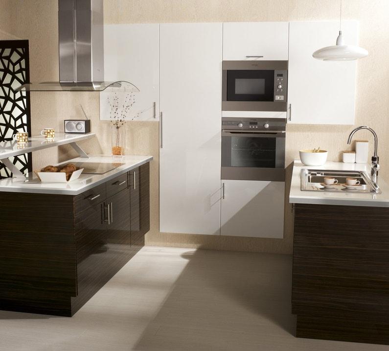 des id es pour votre cuisine en u. Black Bedroom Furniture Sets. Home Design Ideas