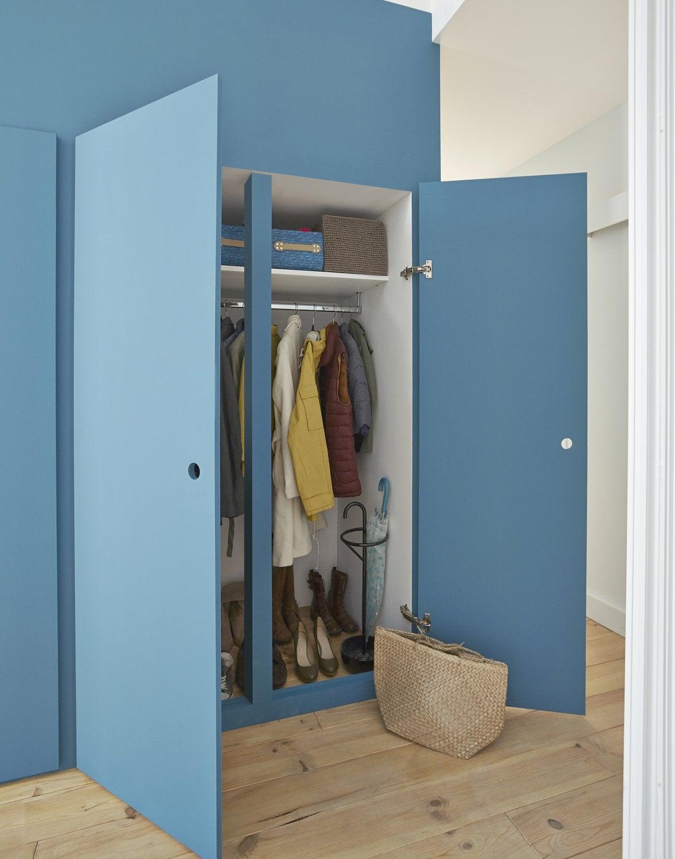 une chambre d 39 ado avec des rangements leroy merlin. Black Bedroom Furniture Sets. Home Design Ideas