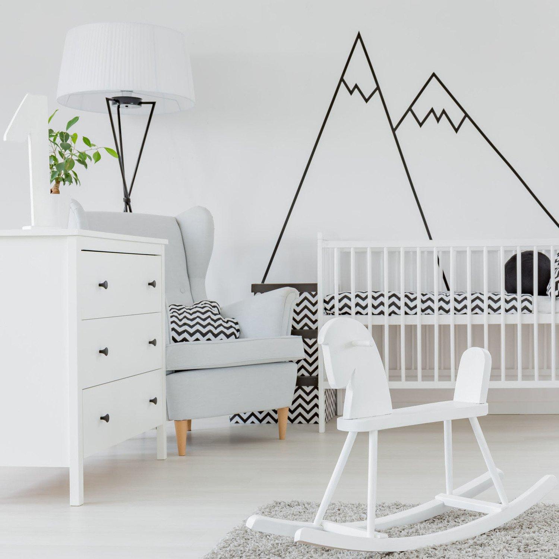 Les Montagnes S Invitent Dans La Chambre De Bebe Leroy Merlin