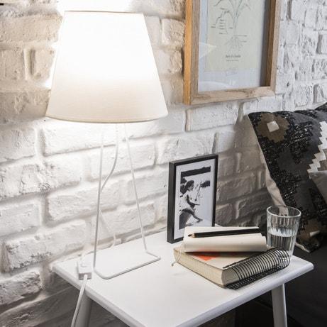 Lampe à poser contemporaine au design minimaliste