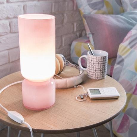 Lampe de chevet au style pastel scandinave