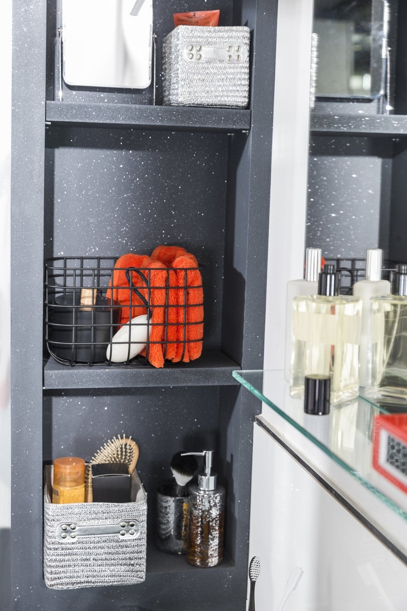 de la peinture effet paillettes pour donner du style la. Black Bedroom Furniture Sets. Home Design Ideas