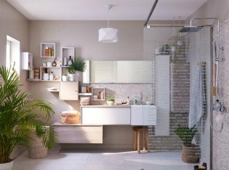 Comment choisir ses meubles de salle de bains leroy merlin - Meuble salle de bain 135 cm ...