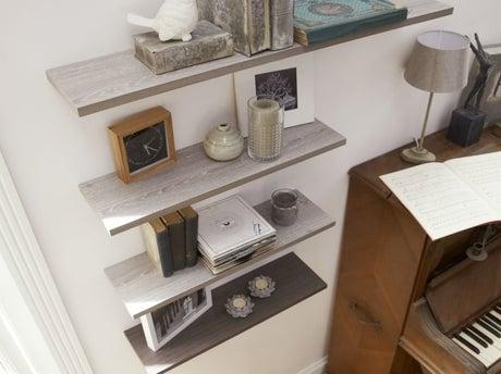 comment monter une s rie d 39 tag res leroy merlin. Black Bedroom Furniture Sets. Home Design Ideas
