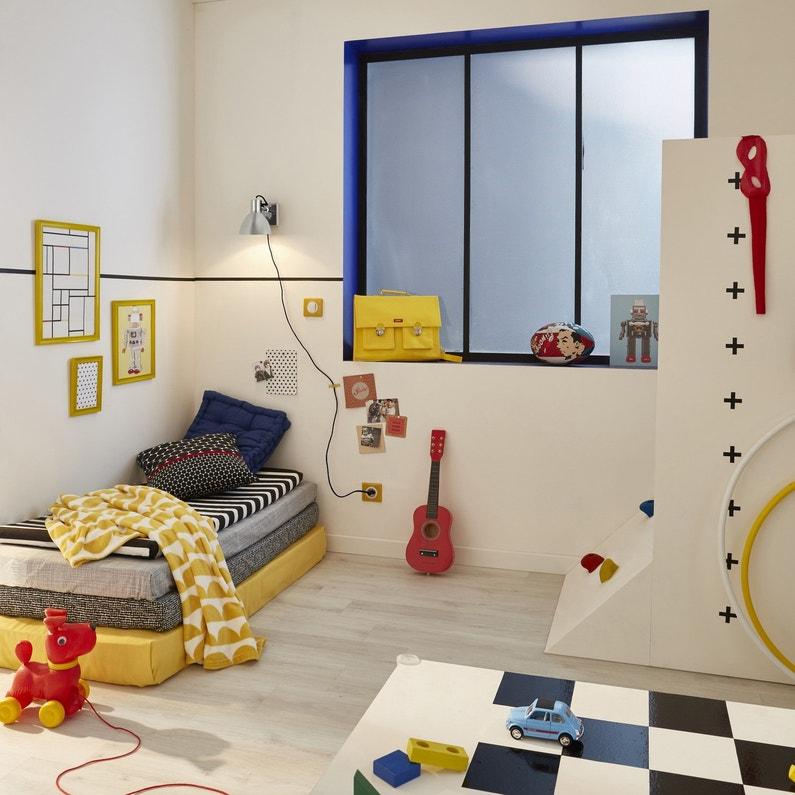 une chambre d 39 enfant moderne pleine de couleurs leroy merlin. Black Bedroom Furniture Sets. Home Design Ideas