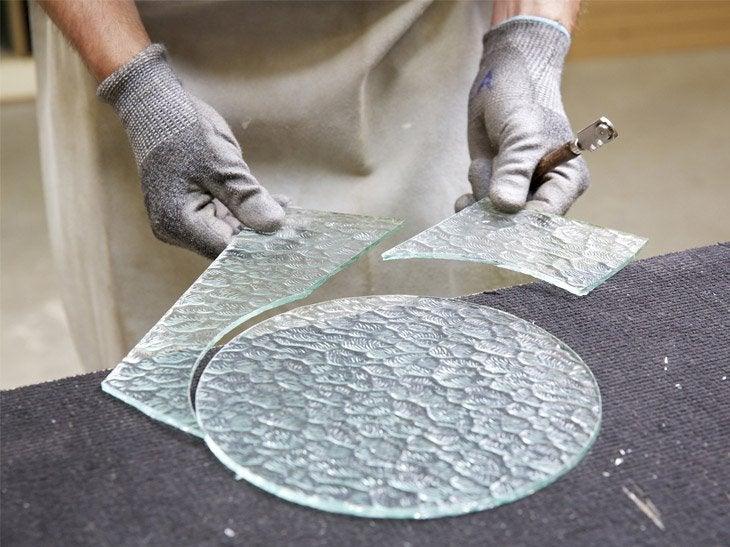 D coupe verre un vitrier votre service leroy merlin for Decouper un miroir