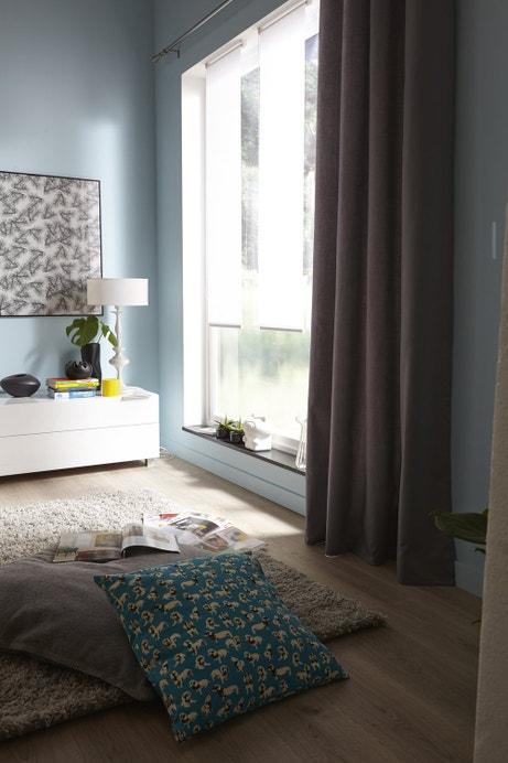 Des rideaux gris pour votre baie vitrée