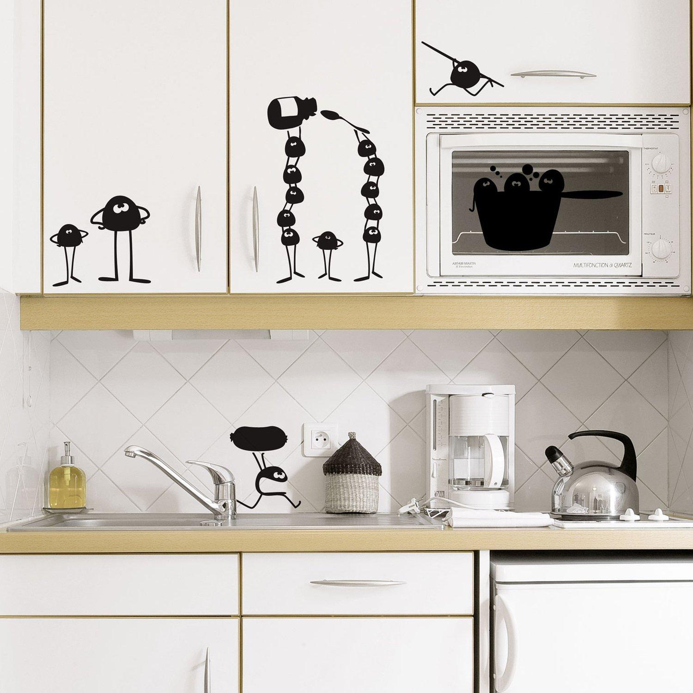 Des petits bonhommes rigolos pour habiller vos placards de cuisine leroy merlin - Stickers placard cuisine ...