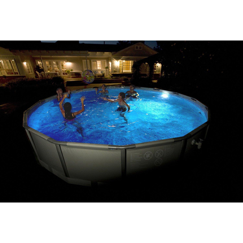 spot led pour piscine hors sol acier et bois blanc froid. Black Bedroom Furniture Sets. Home Design Ideas