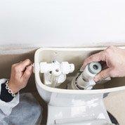 Comment remplacer un mécanisme de WC ?