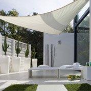 voile d 39 ombrage tonnelle pergola et toiture de terrasse leroy merlin. Black Bedroom Furniture Sets. Home Design Ideas